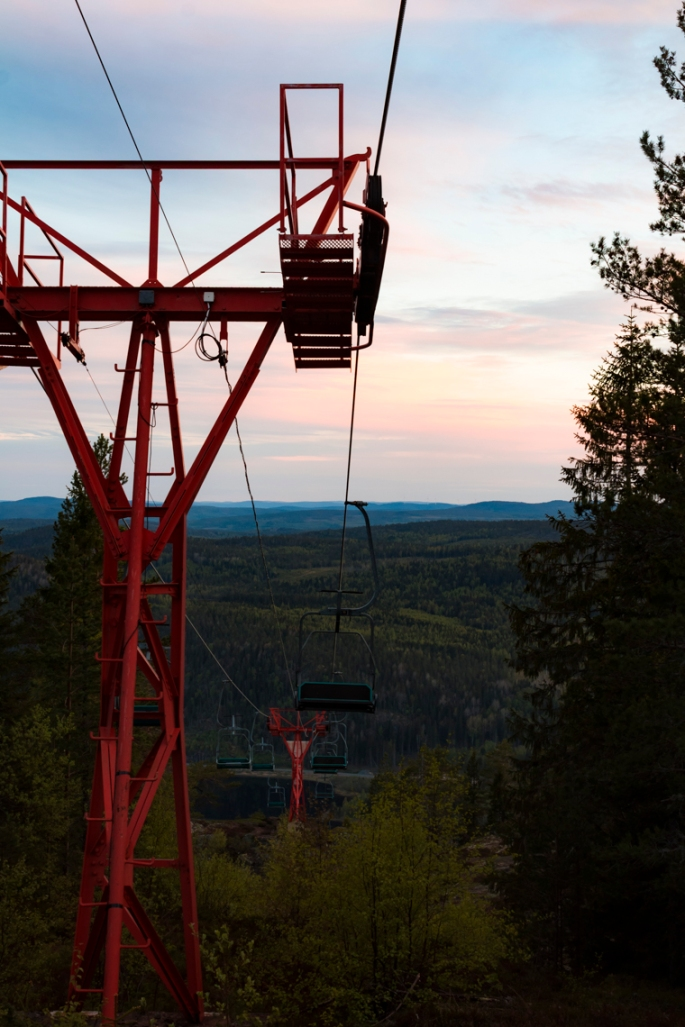 skule-mountain-lift-evening-vista