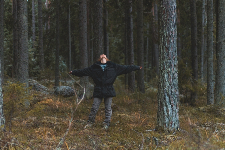 me-feeling-the-freedom-among-old-trees
