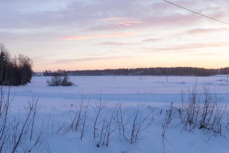 beautiful-skies-and-snowy-fields