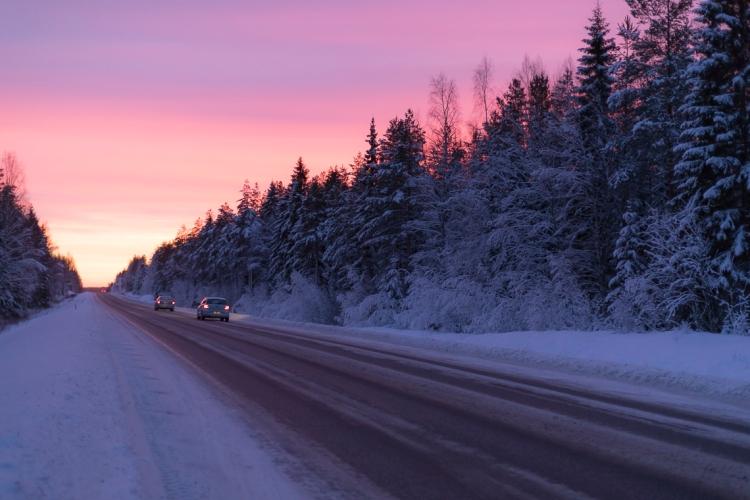 vibrant-winter-miracle-twlight-skies