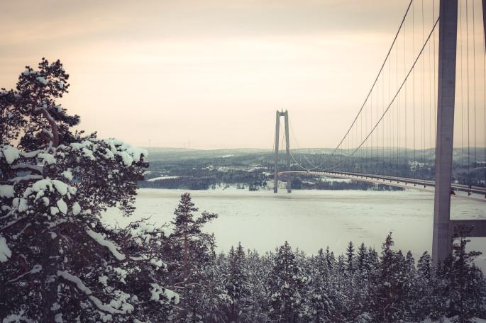 view-over-angermanalven-and-high-coast-bridge