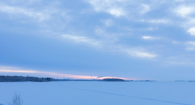 wind-mill-turbines-in-frozen-sunrise