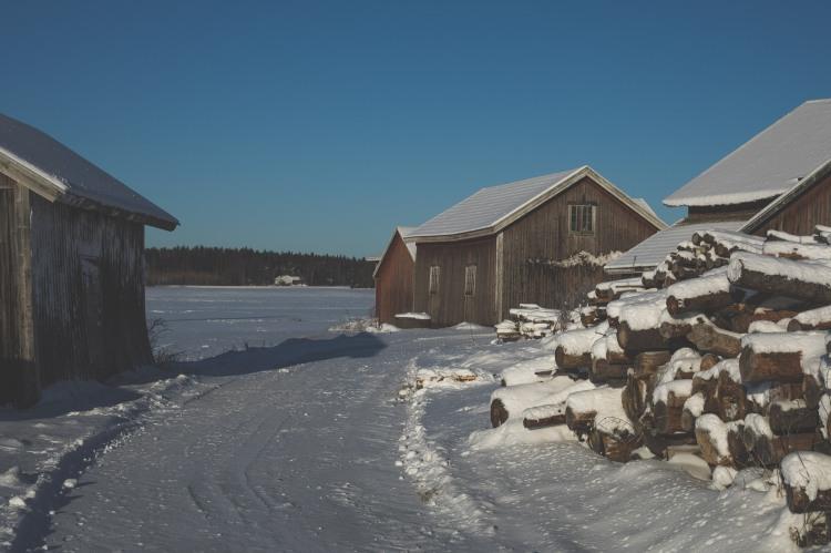 snow-covered-farm-buildings